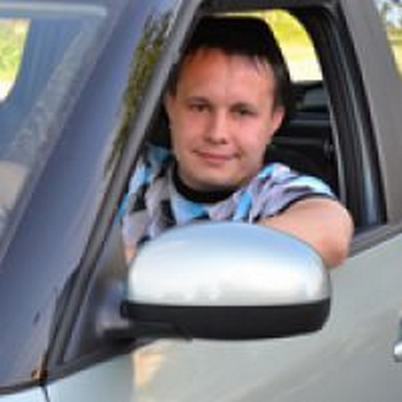 Автоинструктор Смирнов Александр Владимирович. Рейтинг 4.8. Всего проголосовало 5 чел.