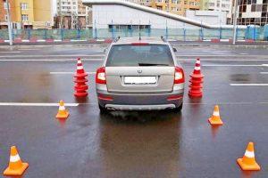 Статья Параллельная парковка задним ходом